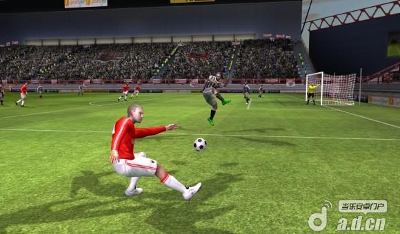 夢幻足球聯盟(含數據包) Dream League Soccer v1.55-Android体育运动類遊戲下載